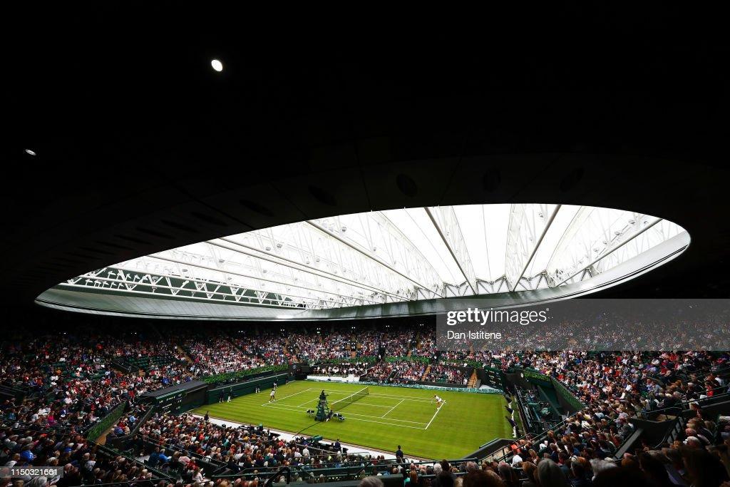 Wimbledon Court No. 1 Celebration in support of the Wimbledon Foundation : Nachrichtenfoto