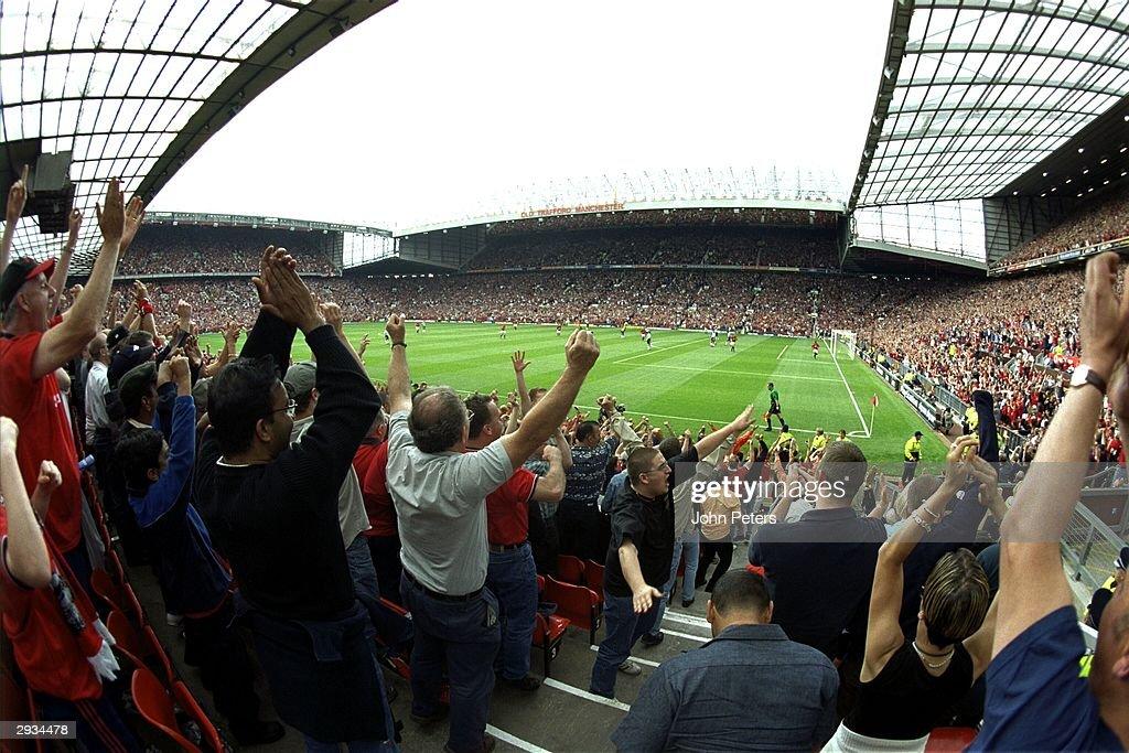 Old Trafford Interior : News Photo