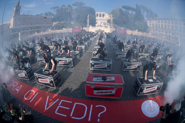 ITA: Entertainment Workers Protest Against COVID-19 Restrictions In Rome