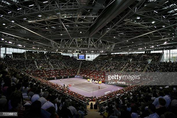 A general view of Pista Central Court as Fernando Gonzalez of Chile plays Roger Federer of Switzerland in the final during day seven of the ATP...