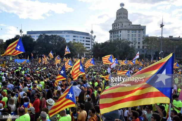 SQUARE BARCELONA CATALONIA SPAIN General view of Plaça Catalunya where the Catalonia flag of independence are seen flying during the national day of...