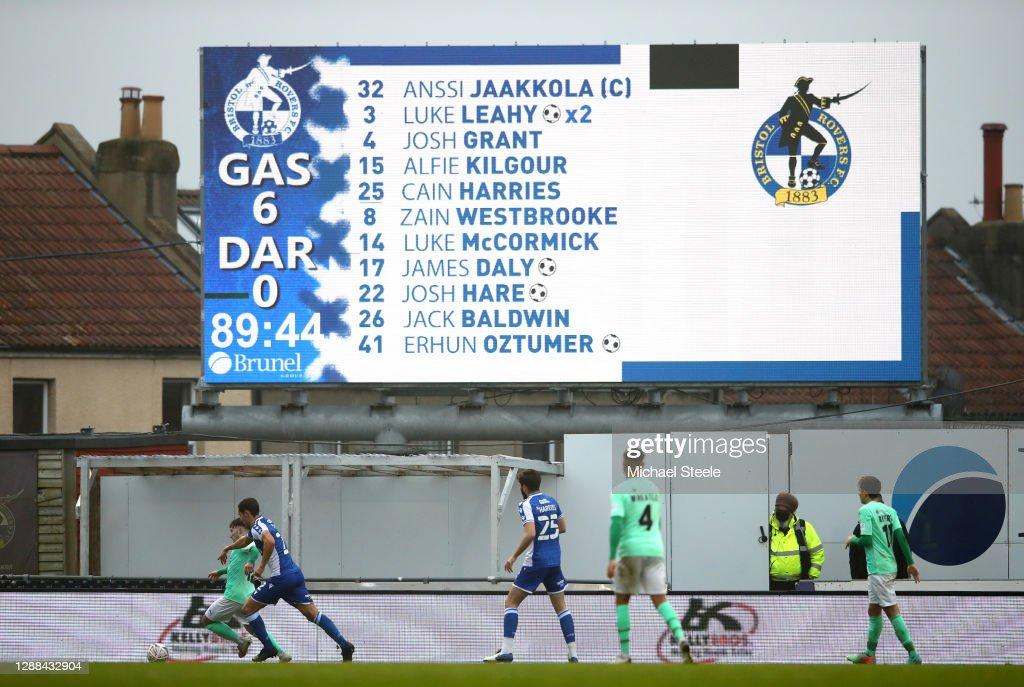 Bristol Rovers v Darlington - FA Cup Second Round : News Photo