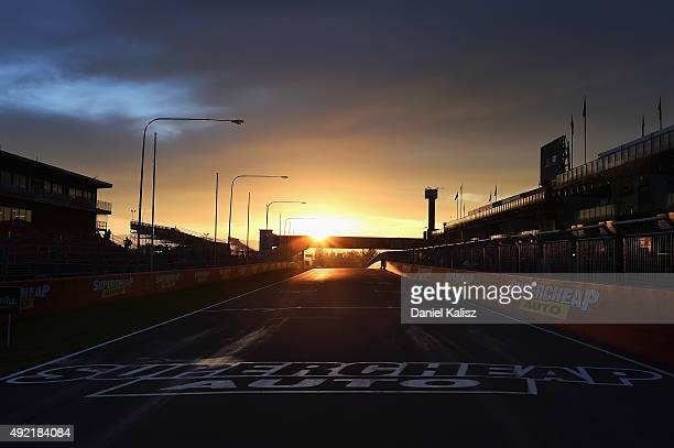 A general view of play at sunrise prior to the Bathurst 1000 which is race 25 of the V8 Supercars Championship at Mount Panorama on October 11 2015...