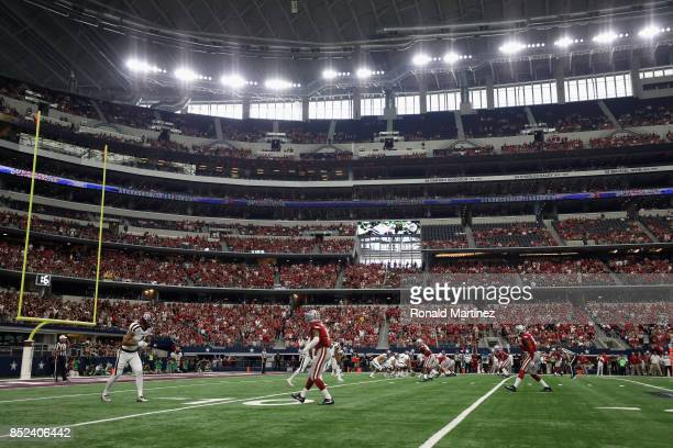A general view of play between the Arkansas Razorbacks and the Texas AM Aggies at ATT Stadium on September 23 2017 in Arlington Texas