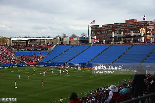 A general view of play between the Philadelphia Union and FC Dallas at Toyota Stadium on March 6 2016 in Frisco Texas
