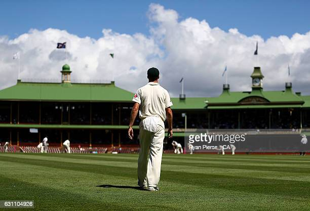 A general view of play during day five of the Third Test match between Australia and Pakistan at Sydney Cricket Ground on January 7 2017 in Sydney...