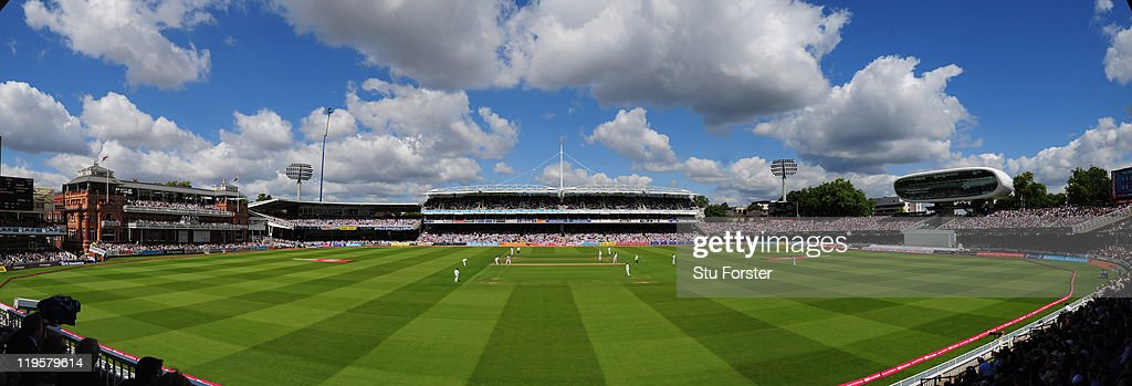England v India: 1st npower Test - Day Two : News Photo