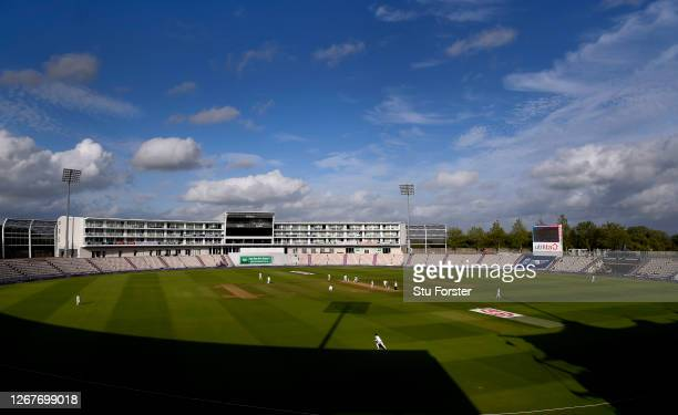 General view of play during Day Two of the 3rd #RaiseTheBat Test Match between England and Pakistan at the Ageas Bowl on August 22, 2020 in...