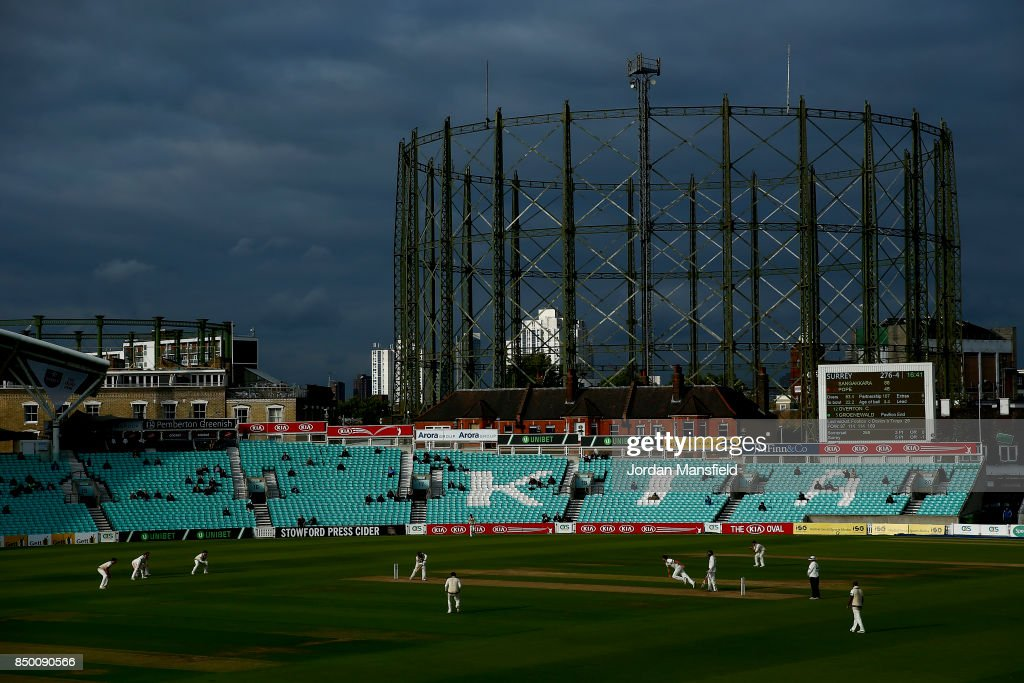 A general view of play during day two of the Specsavers County Championship Division One match between Surrey and Somerset at The Kia Oval on September 20, 2017 in London, England.