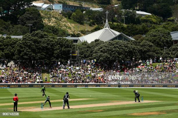 A general view of play during game five of the One Day International Series between New Zealand and Pakistan at Basin Reserve on January 19 2018 in...