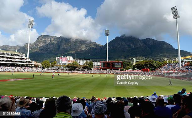 General view of play during the 5th Momentum ODI match between South Africa and England at Newlands Stadium on February 14 2016 in Cape Town South...