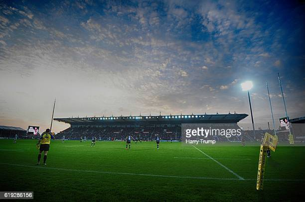 General view of play during the Aviva Premiership match between Exeter Chiefs and Bath Rugby at Sandy Park on October 30 2016 in Exeter England
