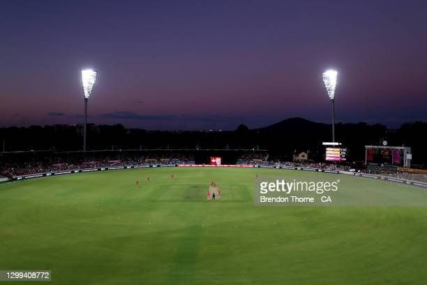 General view of play during the Big Bash League match between the Sydney Sixers and the Perth Scorchers at Manuka Oval, on January 30 in Canberra,...
