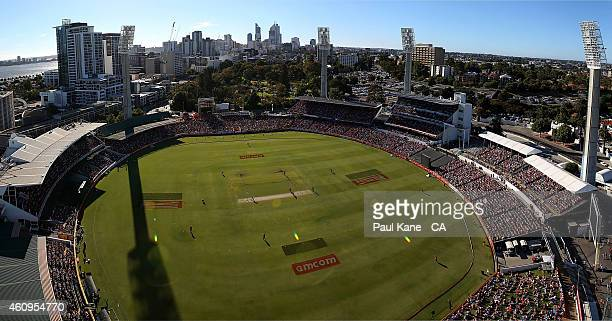 A general view of play during the Big Bash League match between the Perth Scorchers and Sydney Thunder at WACA on January 1 2015 in Perth Australia