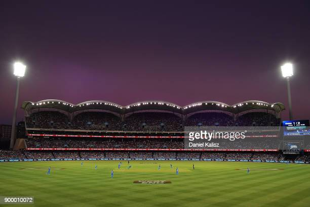 A general view of play during the Big Bash League match between the Adelaide Strikers and the Brisbane Heat at Adelaide Oval on December 31 2017 in...