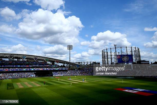 General view of play during the Group Stage match of the ICC Cricket World Cup 2019 between India and Australia at The Oval on June 09, 2019 in...