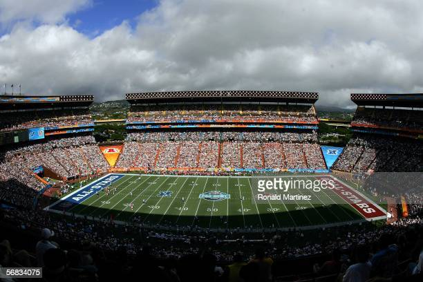 A general view of play during the NFL Pro Bowl on February 12 2006 at Aloha Stadium in Honolulu Hawaii The NFC defeated the AFC 2317