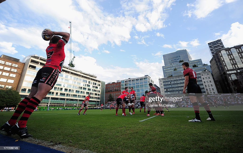 A general view of play during the pre season friendly match between Saracens and Cornish Pirates at Honourable Artillery Company on August 22, 2013 in London, England.