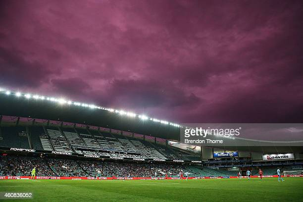General view of play during the round 13 A-League match between Sydney FC and Adelaide United at Allianz Stadium on December 26, 2014 in Sydney,...