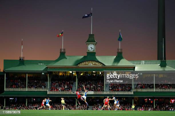 General view of play during the round 15 AFL match between the Sydney Swans and the Gold Coast Suns at the Sydney Cricket Ground on June 29, 2019 in...