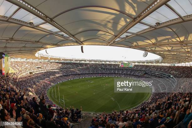 General view of play during the round 22 AFL match between the Fremantle Dockers and West Coast Eagles at Optus Stadium on August 15, 2021 in Perth,...