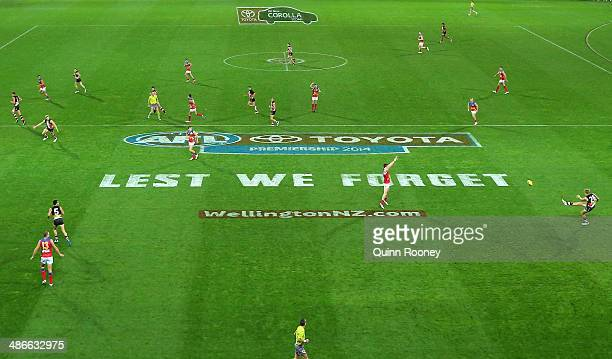 A general view of play during the round six AFL match between the St Kilda Saints and the Brisbane Lions at Westpac Stadium on April 25 2014 in...