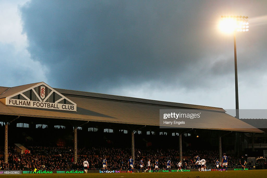 A general view of play during the Sky Bet Championship match between Fulham and Ipswich Town at Craven Cottage on February 14, 2015 in London, England.