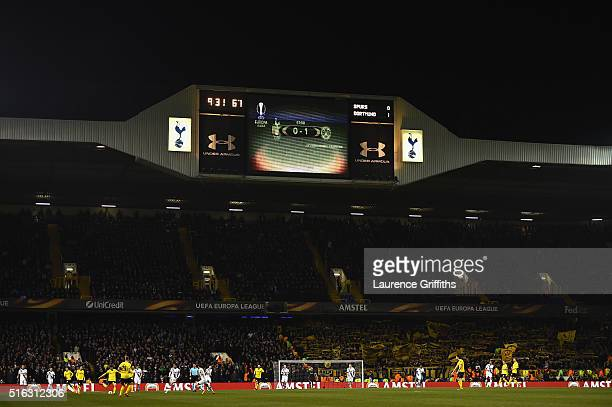A general view of play during the UEFA Europa League Round of 16 second leg match between Tottenham Hotspur and Borussia Dortmund at White Hart Lane...