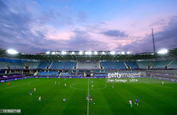 General view of play inside the stadium during the UEFA Women's Champions League Final match between Chelsea FC and Barcelona at Gamla Ullevi on May...