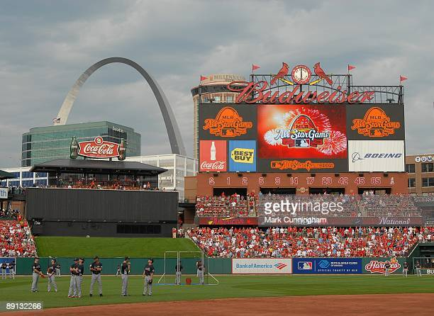 General view of players and field during warmups for the 2009 MLB AllStar Game at Busch Stadium on July 14 2009 in St Louis Missouri The American...