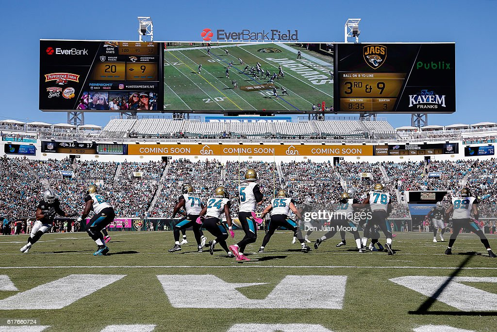 Oakland Raiders v Jacksonville Jaguars : News Photo