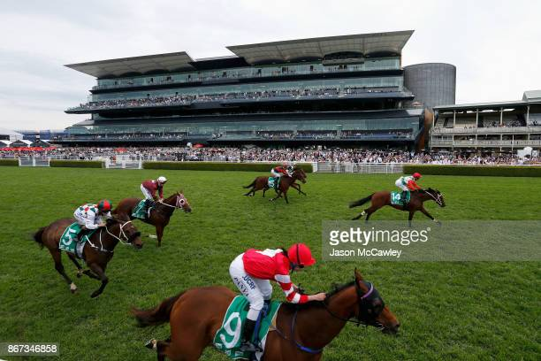 General view of Race 4 during Sydney Racing at Royal Randwick Racecourse on October 28 2017 in Sydney Australia