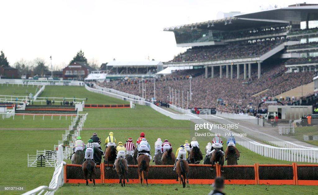 2018 Cheltenham Festival - Champion Day - Cheltenham Racecourse : News Photo