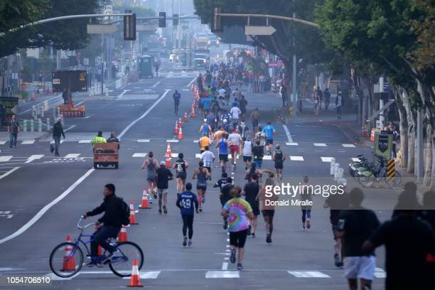 A general view of runners at the start of United Airlines Rock 'n' Roll Los Angeles Marathon on October 28 2018 in Los Angeles California