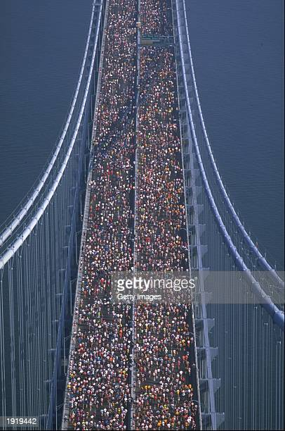 General view of Runners crossing the Verrazano Narrows during the New York Marathon in New York USA Mandatory Credit Darrell Ingham /Allsport