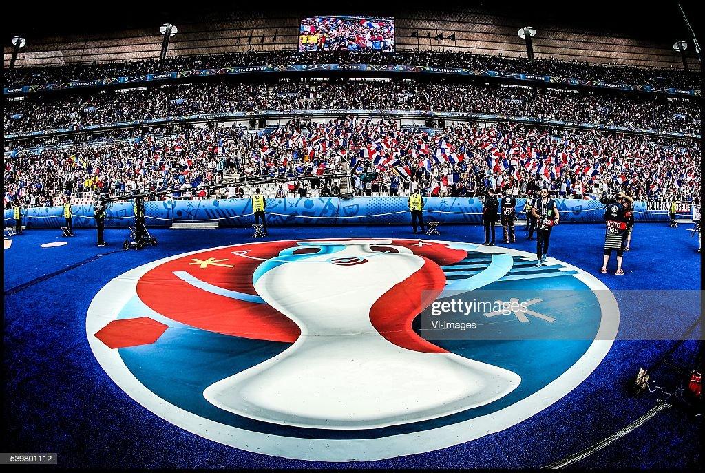 "Euro - ""France v Romania"" : News Photo"