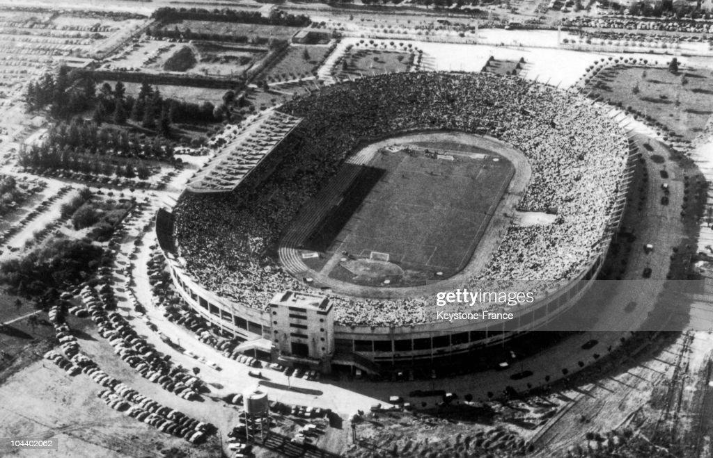 Soccer World Cup 1962 : Santiago National Stadium, Chile : Foto jornalística