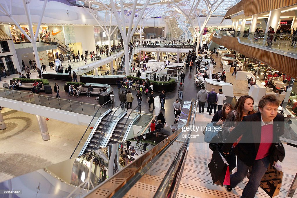 A general view of shoppers at the newly opened Westfield shopping centre on November 3, 2008 in London. For one week Grazia magazine is being produced by production staff working at a temporary office set up inside in the shopping centre (centre of image), where free make-overs, fashion consultations and advice on pursuing a modeling career is available to passing shoppers.