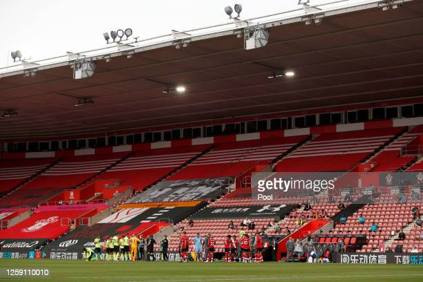 General view of St Mary's Stadium as players from both teams have a drinks break during the Premier League match between Southampton FC and Sheffield...