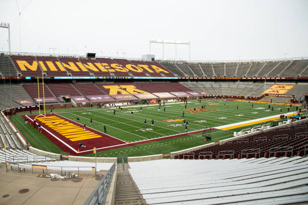 MN: Michigan v Minnesota