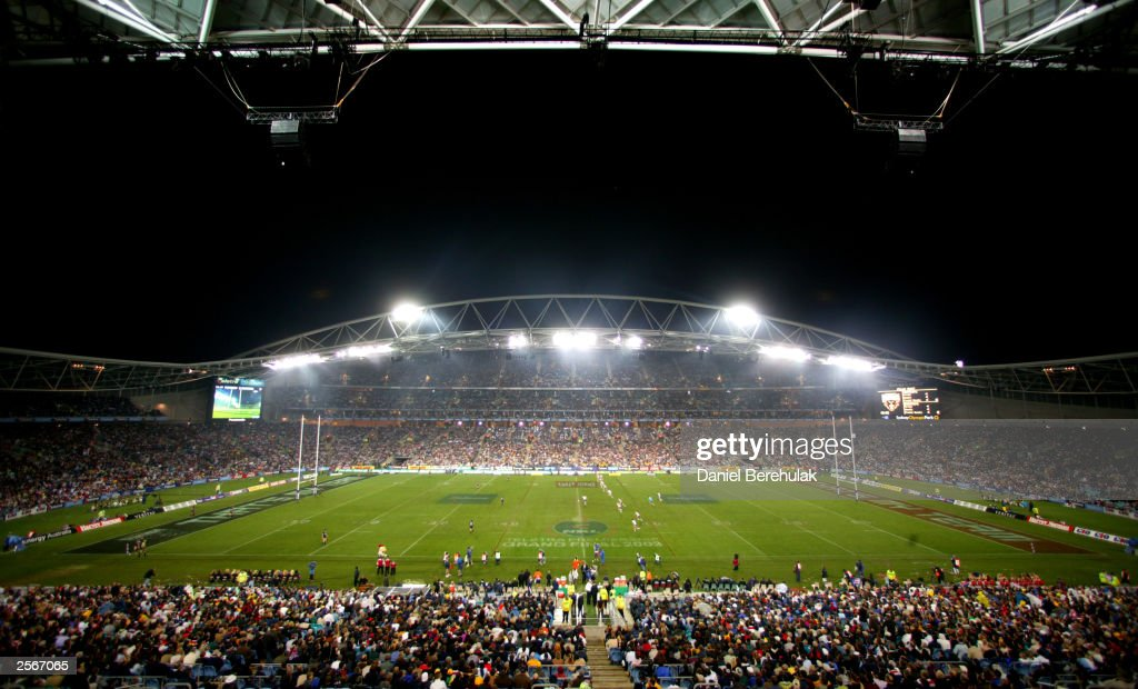 A general view of Telstra Stadium before kick-off during the NRL Grand Final between the Sydney Roosters and the Penrith Panthers at Telstra Stadium October 5, 2003 in Sydney, Australia. Penrith won 18-6.