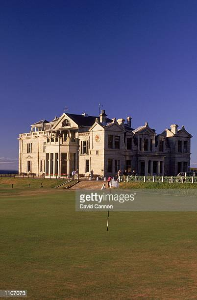 General view of the 18th green and the Clubhouse on the Old Course at St Andrews in Fife Scotland Mandatory Credit David Cannon /Allsport