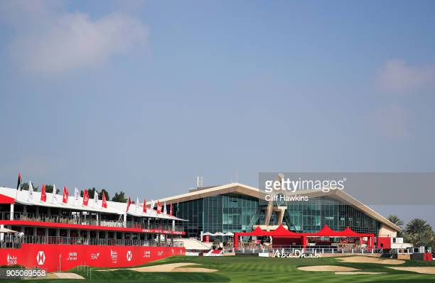 A general view of the 18th hole during a practice day prior to the Abu Dhabi HSBC Golf Championship at Abu Dhabi Golf Club on January 15 2018 in Abu...