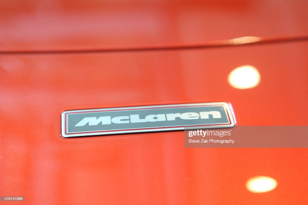 General view of the 1998 McLaren F1