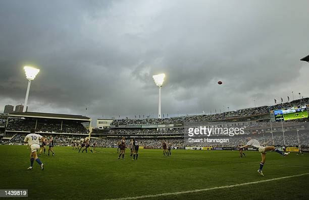 General view of the 2002 AFL Grand Final between the Collingwood Magpies and the Brisbane Lions played at the Melbourne Cricket Ground in Melbourne...