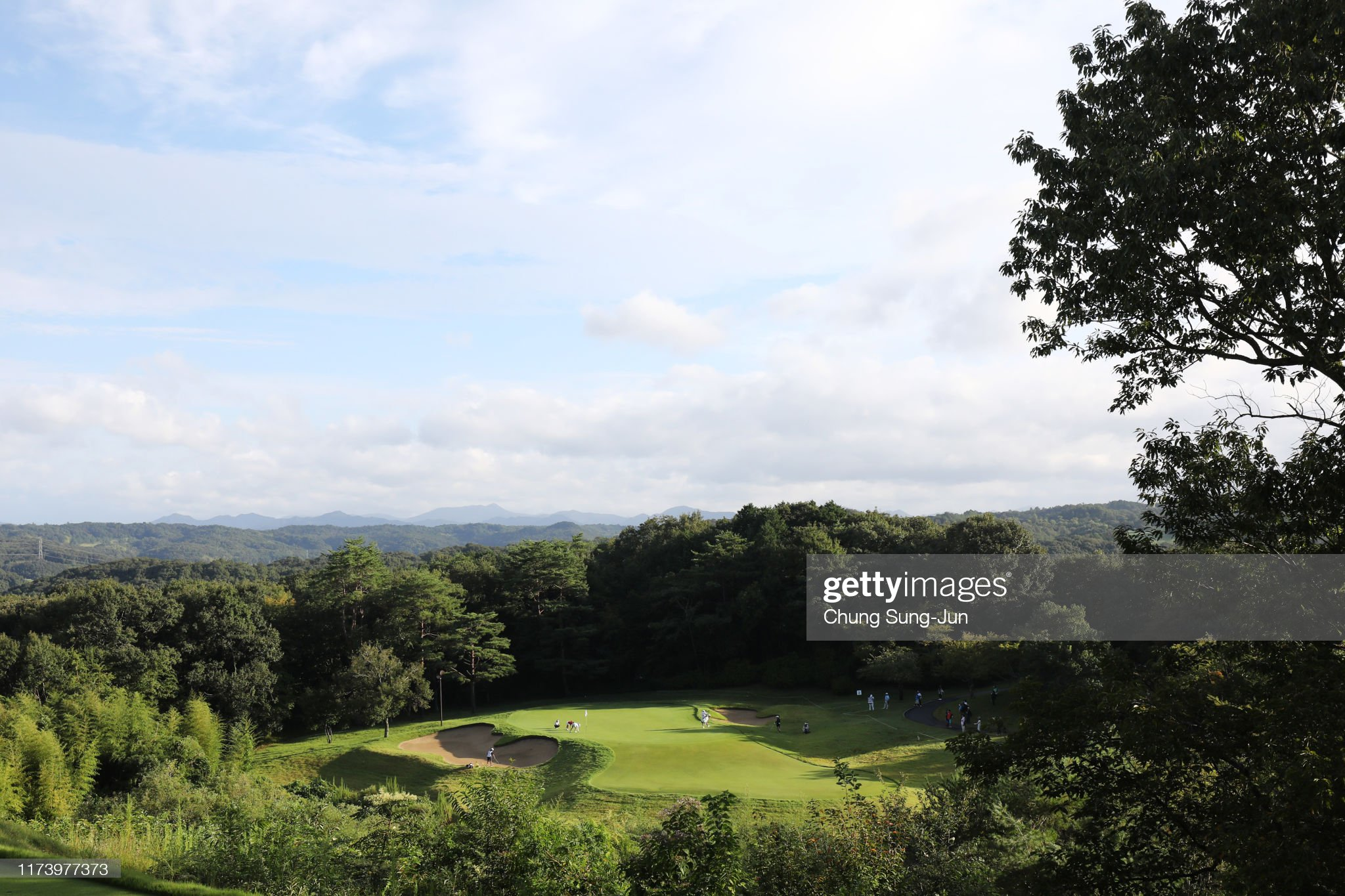 https://media.gettyimages.com/photos/general-view-of-the-2nd-green-during-the-first-round-of-the-52nd-lpga-picture-id1173977373?s=2048x2048