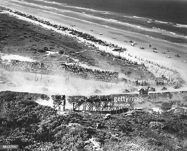 General view of the 41mile beach/road course for stock cars at Ponce Inlet was in operation from 1948 until 1958 and was south of the original course...