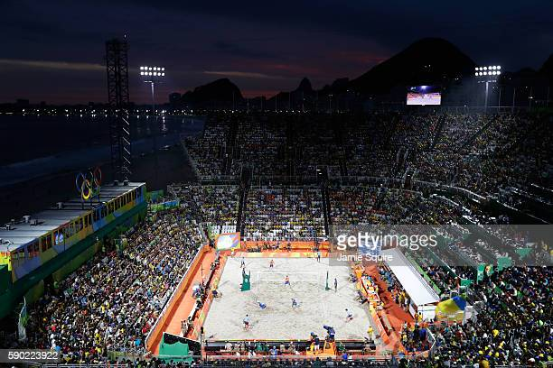 General view of the action between Alexander Brouwer and Robert Meeuwsen of Netherlands and Alison Cerutti and Bruno Oscar Schmidt of Brazil during...