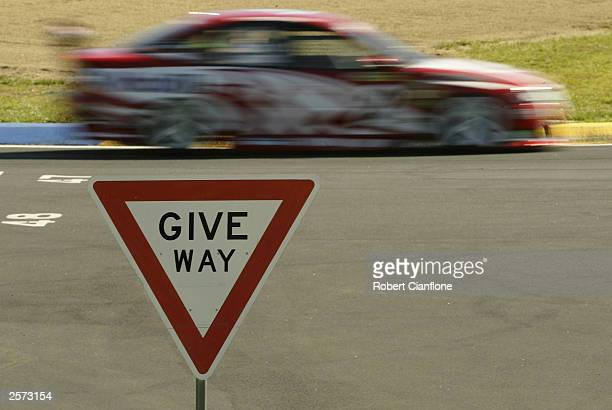 A general view of the action during practice for the Bob Jane Bathurst 1000 which is round ten of the V8 Supercar Championship October 9 2003 at the...