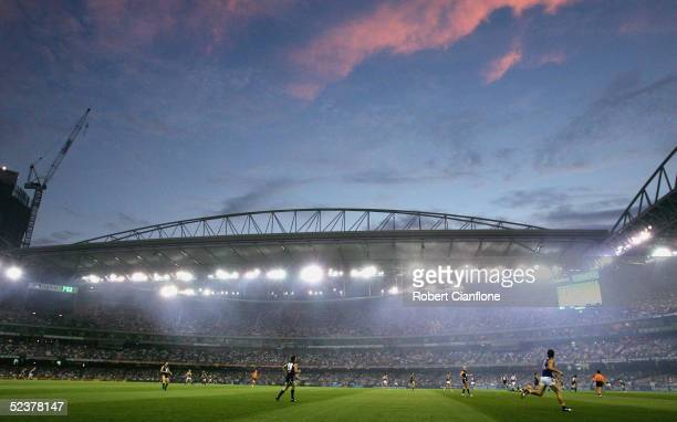 General view of the action during the AFL Wizard Cup Grand Final between the Carlton Blues and the West Coast Eagles at Telstra Dome March 12, 2005...